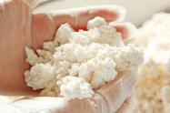 大豆と米麹を混ぜた甘口の味噌